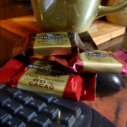 is ghirardelli dark chocolate vegan?
