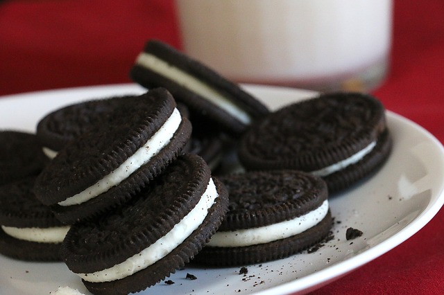 15 Junk Foods I Was Amazed To Discover Were Vegan