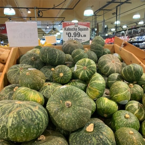 kabocha squash in grocerys stores